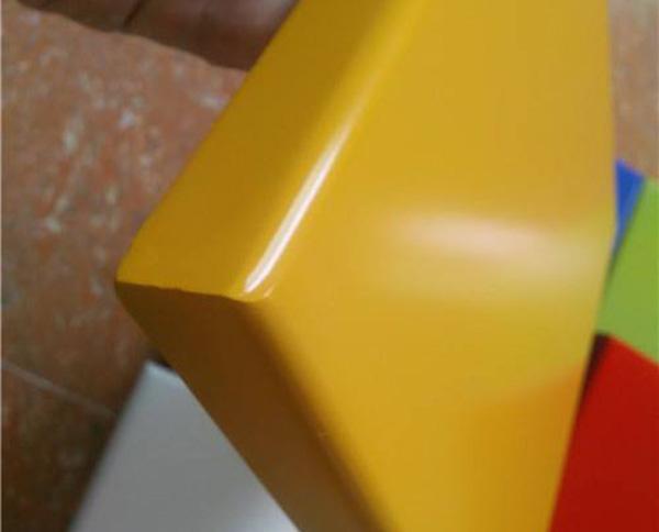 地铁烤瓷铝单板